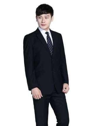 商务人士的西服西装搭配有哪些原则